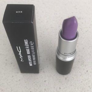 "MAC matte lipstick ""4EVA"""